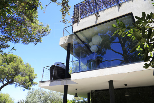 contemporary house with sea view in Giens / pool / 6 bedrooms / beach by walk
