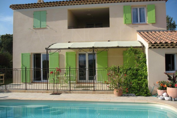 house for sale in bormes les mimosas in private domain , house with 3 bedrooms and pool , var , cote d'azur