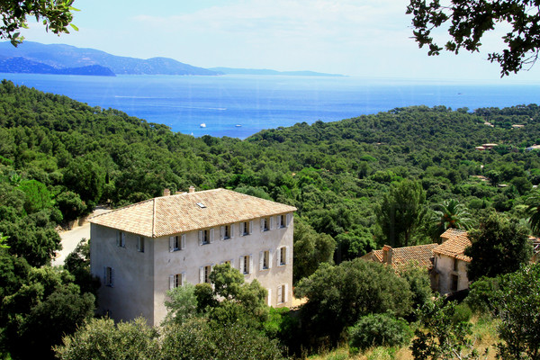 castle for sale in Gaou Bénat with sea view , parc , private and guarded domain , var , cote d'azur ,