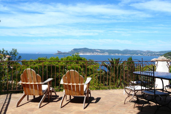 Var, St Cyr sur Mer/Bandol, villa/house for sale with seaview