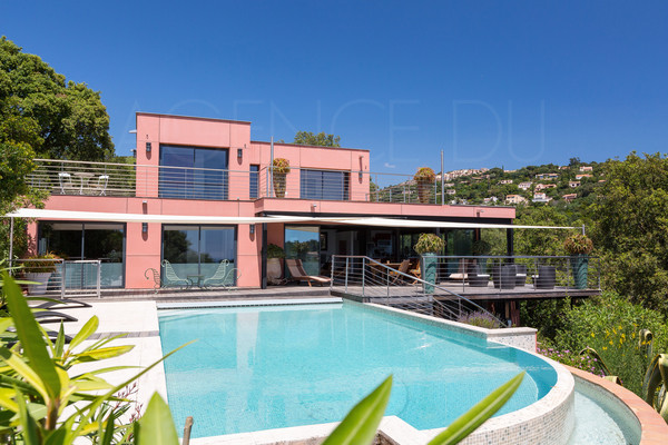 property for sale in la croix valmer , contemporary house with sea view, 5 bedrooms , pool , var , cote d'azur