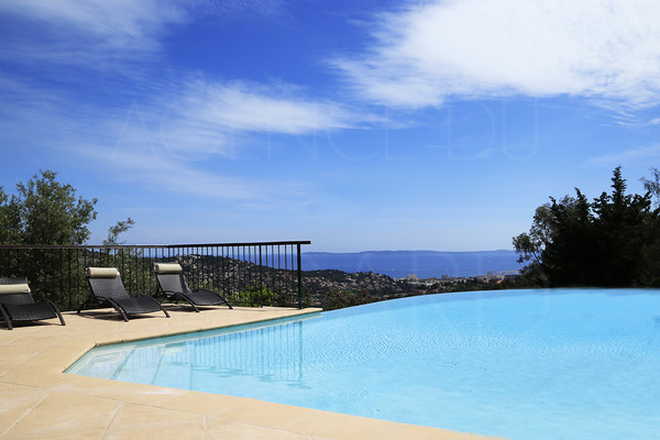 property for sale in bormes les mimosas/ var / cote d'azur / swimming pool / panoramic seaview / 4 bedrooms
