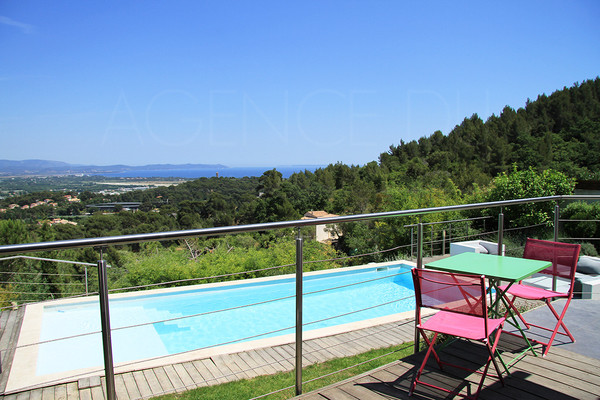 house for sale / var / cote d'aur / hyeres / piscine / 3 chambres / maison contemporaine / villa vue mer /